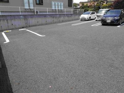 【駐車場】レジデンスミナミ