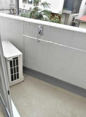 【バルコニー】ル・リオン三軒茶屋Ⅲ ペット飼育可 浴室乾燥機 オートロック