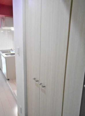 【収納】ル・リオン三軒茶屋Ⅲ ペット飼育可 浴室乾燥機 オートロック