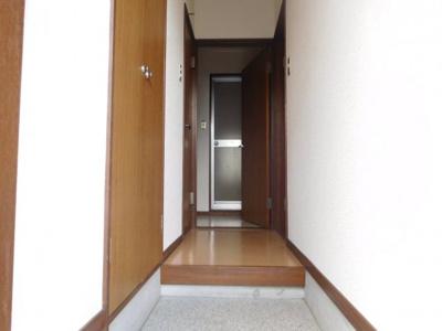 【玄関】イーストハウス
