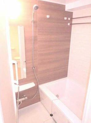 【浴室】フェニシア三軒茶屋 ペット飼育可 浴室乾燥機 独立洗面台