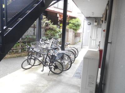 駐輪スペース(無料)