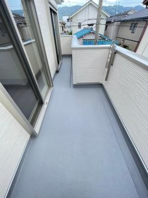 【バルコニー】八尾市中田5丁目 新築戸建