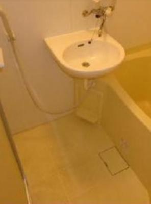 【洗面所】GRACE SETAGAYA 駅近 バストイレ別 室内洗濯機置場