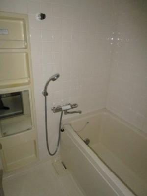 【浴室】クリオ市川大野壱番館