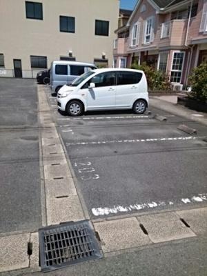 【駐車場】クライフ町前 A
