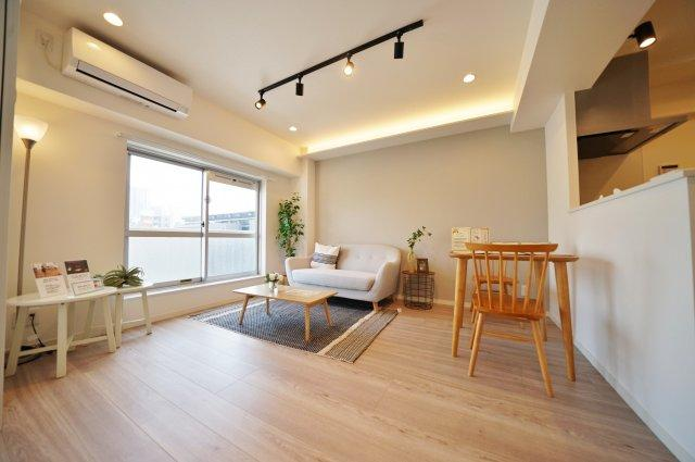 「平沼橋」駅徒歩約2分、「横浜」駅も徒歩約9分です