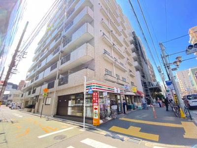 人気の文京区アドレス「根津」駅徒歩1分!セブンイレブンが1階に入る生活が便利なマンションです。