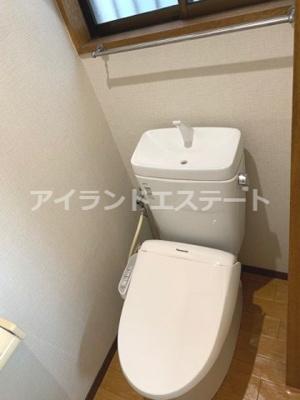 【洗面所】大岸ハイツ 独立洗面台 室内洗濯機置場 バストイレ別