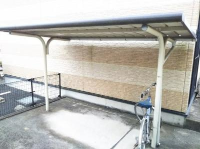 無料駐輪場完備。