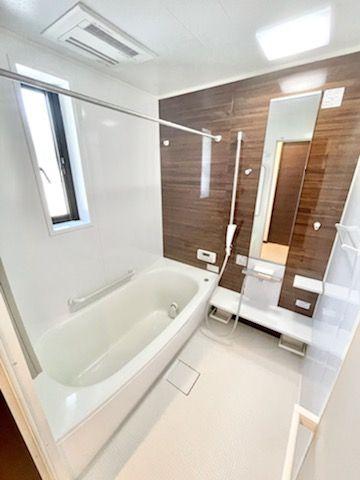 【浴室】西区今宿西1丁目戸建て