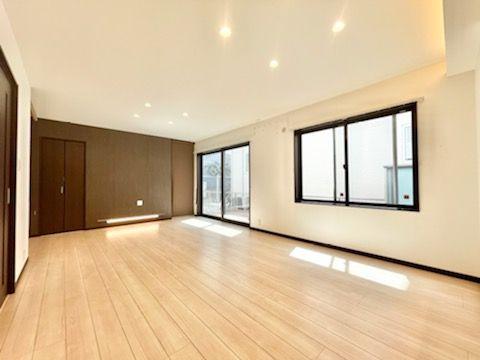 【居間・リビング】西区今宿西1丁目戸建て