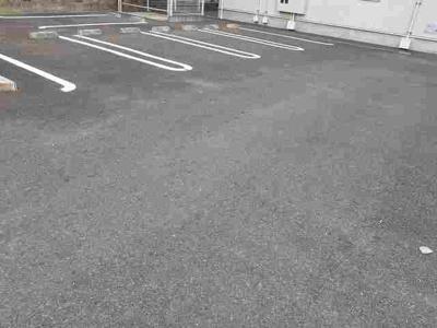 【駐車場】リンカーネーション