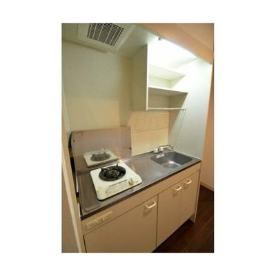 一人暮らしにちょうどいいサイズのキッチン(同一仕様)