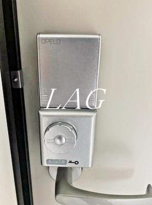 玄関内鍵です。