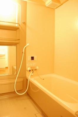 【浴室】カーサコモドⅠ