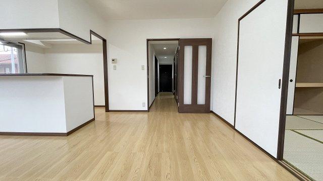 75平米超ある角部屋4LDK。フルリフォーム済です