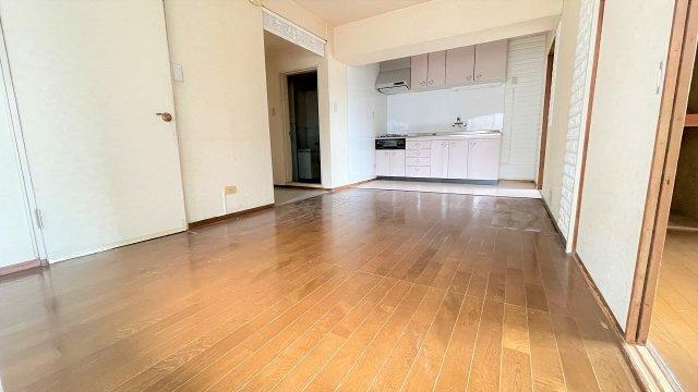 広さ約53平米でお2人暮らしにピッタリ。リフォームでお好みのお部屋にしませんか?