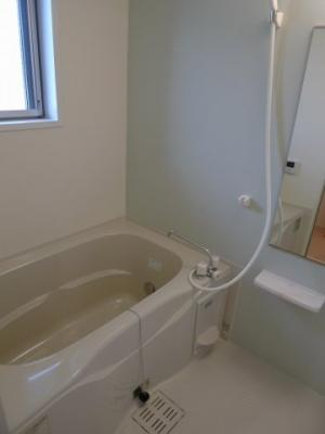 【浴室】ウエストガーデン
