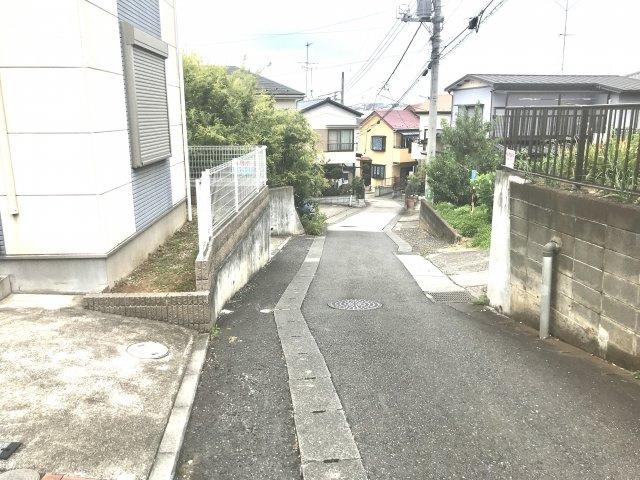 【前面道路含む現地写真】西野川中古戸建