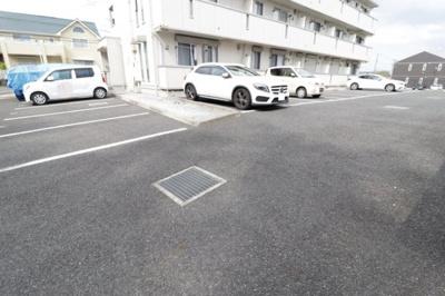 【駐車場】メゾン プレール