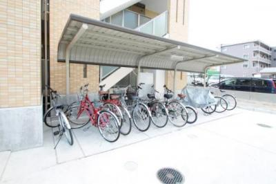 敷地内駐車場は2台ございます!