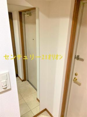 【玄関】ガラ・グランディ練馬