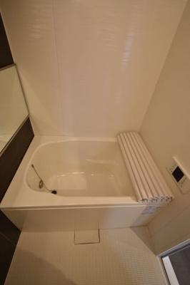 リノベーション完成時の写真。追焚・浴室乾燥機付。