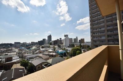 7階、最上階角部屋。低層住宅街に面しているため遮るものがありません。陽当たり・眺望良好です。