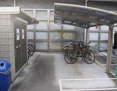 【駐車場】十三本町ウインズマンションⅡ