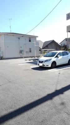 【駐車場】ルミウス A棟