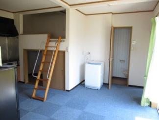 【洋室】新潟市西区五十嵐1の町一棟アパート