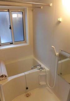 【浴室】新潟市西区五十嵐1の町一棟アパート
