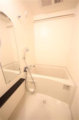 【浴室】プレサンスOSAKA DOMECITYスクエア