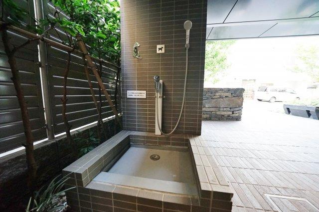 共用部分にはペットのシャワースペースもございます