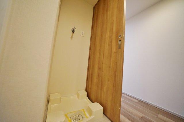 防水パン付きの室内洗濯機置場もございます