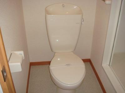 トイレ モデル写真