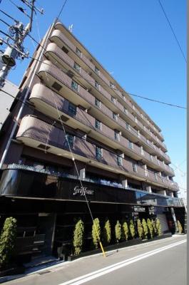 京浜急行本線「戸部」駅より徒歩7分の分譲賃貸マンションです。