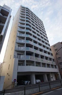 京急蒲田駅から徒歩3分の駅近マンションです。