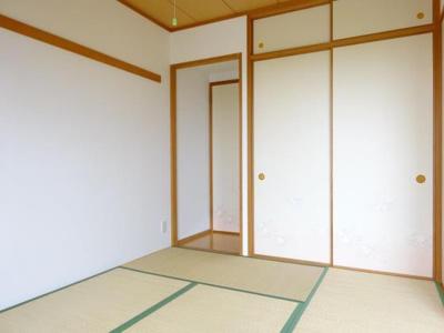 日当たりの良い南側・和室