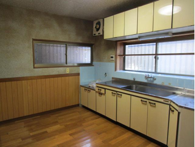 【キッチン】瀬戸南町2