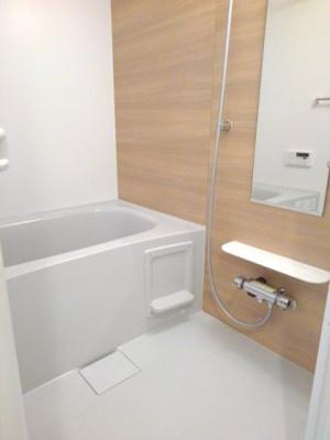 【浴室】ネオ・グリシーヌ