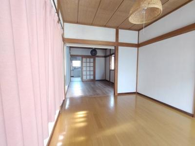 【洋室】ハウズライフ妻田北