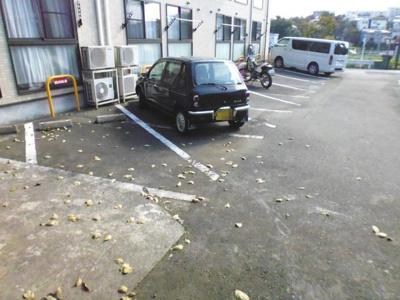 【駐車場】クロワールK駐車場