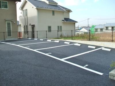 【外観】セレ・クォーレ1駐車場