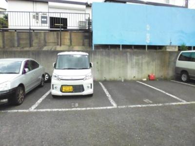 【外観】山和産業駐車場