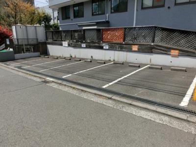 【外観】岡田駐車場(アルテミス敷地外駐車場)