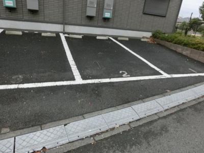 【駐車場】ホワイトベル駐車場