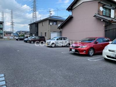 【駐車場】レインボー東B棟