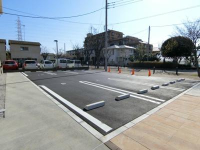 【駐車場】ヴェルジェ1・2駐車場